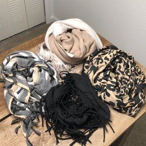 Bundle of 4 scarves